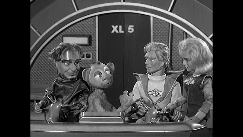 Fireball XL5: S1 E32 - Faster Than Light